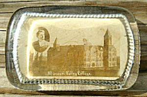 Old Paperweight Missouri Valley College (Image1)