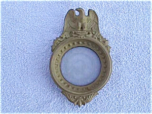 Imperial Candlewick Gold Eagle Ashtray/Frame (Image1)