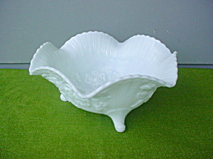 Lg. Imperial Milk Glass 3-Toe Fruit Rose Bowl (Image1)