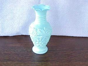 Light Blue Imperial Loganberry Vase (Image1)