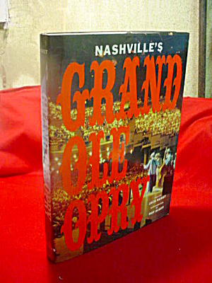 Nashville's Grand Ole Opry Book (Image1)