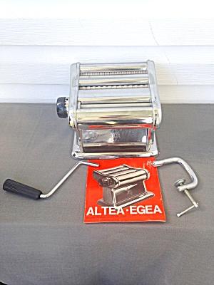 Italian Pasta Machine  (Image1)