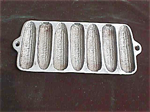 Wagner Ware Krusty Corn Tea Size Muffin Tray (Image1)