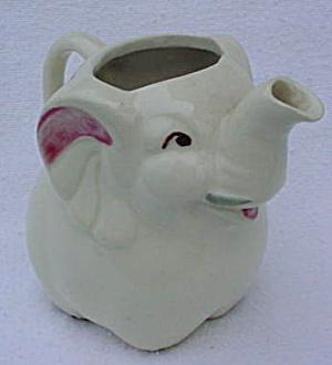 Shawnee Pottery Elephant Creamer (Image1)