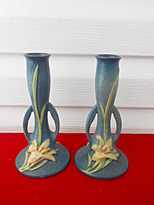 Pr. Roseville Pottery Zephyr Lily Bud Vases (Image1)