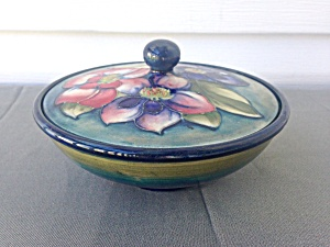 Moorcroft Pottery Bowl and Cover (Image1)