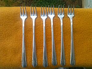 Oneida Wm. Rogers MALIBU Pickle Forks (Image1)