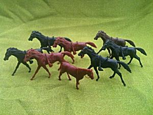 8 Marx Playset Horses (Image1)