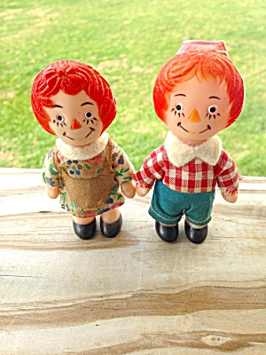 Vintage Raggedy Ann & Andy Plastic Figures (Image1)