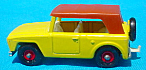 Matchbox #18 Field Car w/Box (Image1)