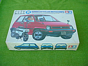Honda City R w/Motocompo Sealed Kit (Image1)