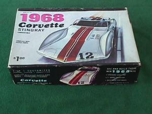 1960's 1968 Corvette Stingray Model Kit (Image1)