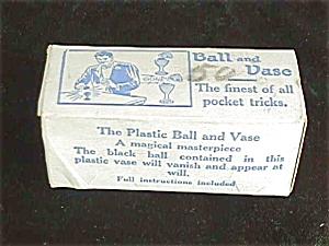 Adams Ball & Vase Magic Trick w/Box & Instruc (Image1)
