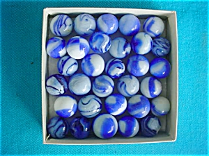 (31) Blue & White Machine Made Marbles (Image1)