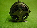 Click here to enlarge image and see more about item dfh23: Shakespeare Kazoo Fly Fishing Reel