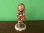 Click here to enlarge image and see more about item hd14: School Girl Hummel Figurine