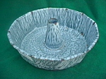Gray Graniteware Cake Mold Pan