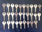 Click to view larger image of 29 Old YALE Keys  (Image1)