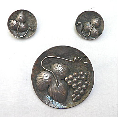 Vintage Mexican Sterling Pin and Earrings Set (Image1)