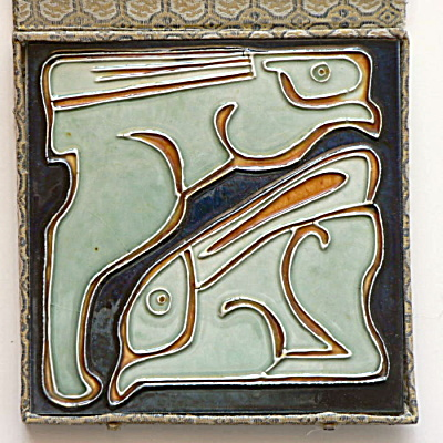 Vintage Tile with Rabbits in Silk Presentation Box  (Image1)