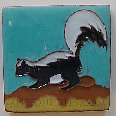 3 Inch Gila Pottery Skunk Tile (Image1)