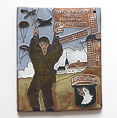 Commemorative World War II Tile  (Image1)
