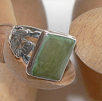 Vintage Sterling Ring with Thunderbirds and Stone  (Image1)
