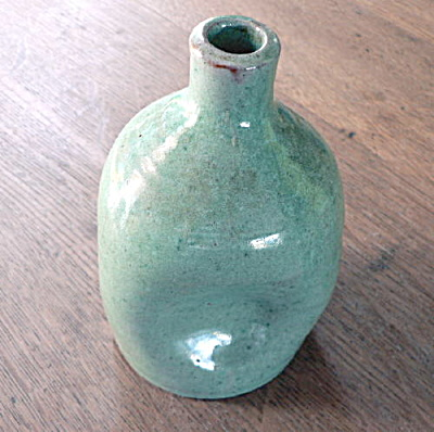 Unusual Monticello Pottery Pinch Bottle (Image1)