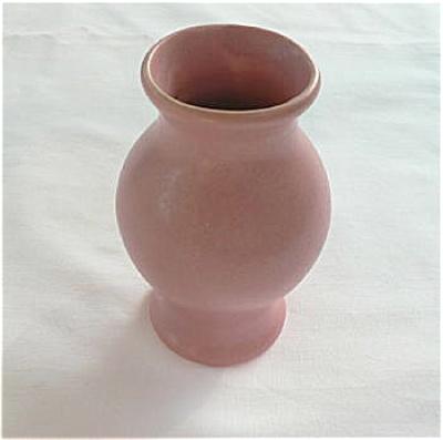 Camark Cabinet Vase (Image1)
