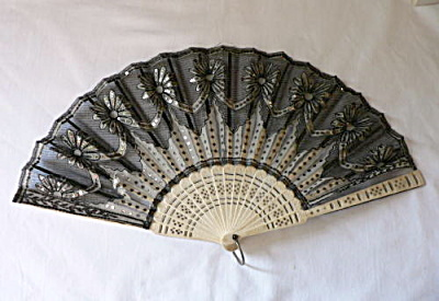 Vintage Victorian Black And White Sequined Fan