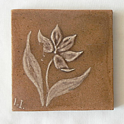 Roblin Signed Decorated Tile (Image1)