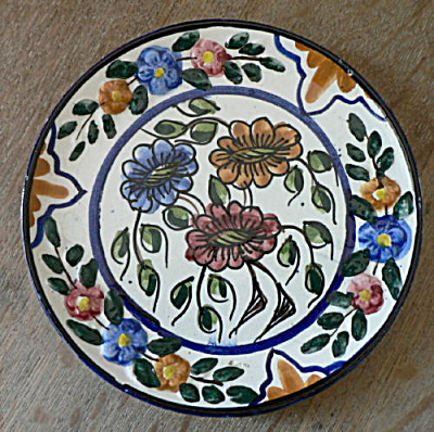 Signed Spanish Talavera plate Multi-Color (Image1)