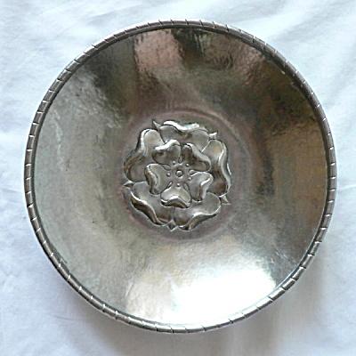 Rare Hugh Wallace Pewter Bowl (Image1)