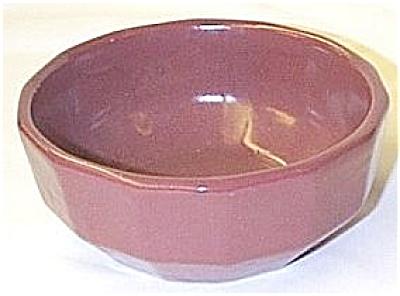 Zanesville Stoneware Company - Paneled Bowl (Image1)