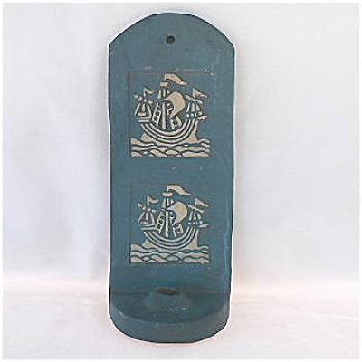 Moravian Pottery Sconce Two Ships (Image1)