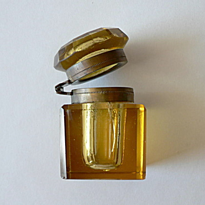 Amber Cut Glass Inkwell (Image1)