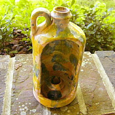 Southern Folk Pottery Hooded Candleholder (Image1)