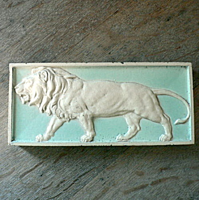 Architectural Lion Tile (Image1)