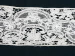 Click here to enlarge image and see more about item LC012: Vintage Insertion Lace