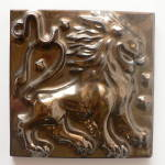 Click here to enlarge image and see more about item T2107: Don Schreckengost Zodiac Tile - Black Gold Leo the Lion