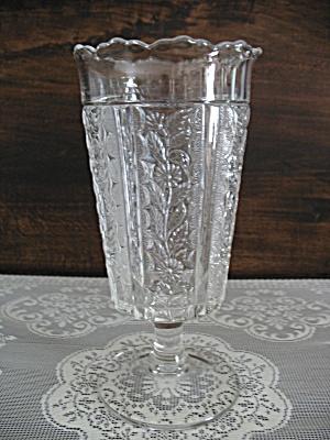 Eapg Bryce Bros. Paneled Daisy Celery Vase (Image1)