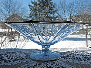 Cambridge Glass Cleo Etch Willow Blue Ftd. Bowl (Image1)