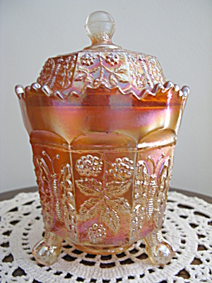 Fenton Buttterfly And Berries Carnival Glass Covered Su