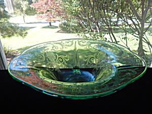 Fostoria Green Versailes Centerpiece Bowl (Image1)