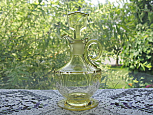 Heisey Empress Sahara Yellow Oil Bottle/cruet