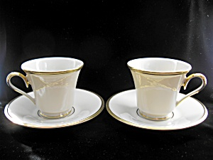 Elegant Lenox Eternal Cups & Saucers- Pr