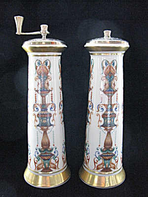 Lenox Lido Tall Salt Shaker & Pepper Mill (Image1)