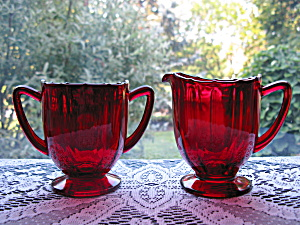 New Martinsville Ruby Addie/twelve Point Creamer & Suga