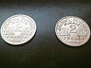 Pair of Vichy France World War II coins 2 Francs, 1943, 1944 (Image1)