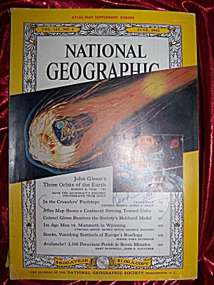 National Geographic June 1962. John Glenn 3 orbits. (Image1)